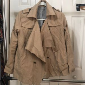 Loose front trench coat